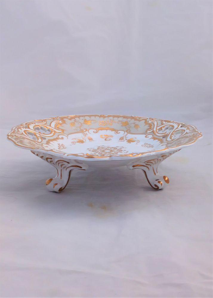 Porcelain Comport Gilded Ribbon Handled Tri Footed Pierced 502 pattern c 1835