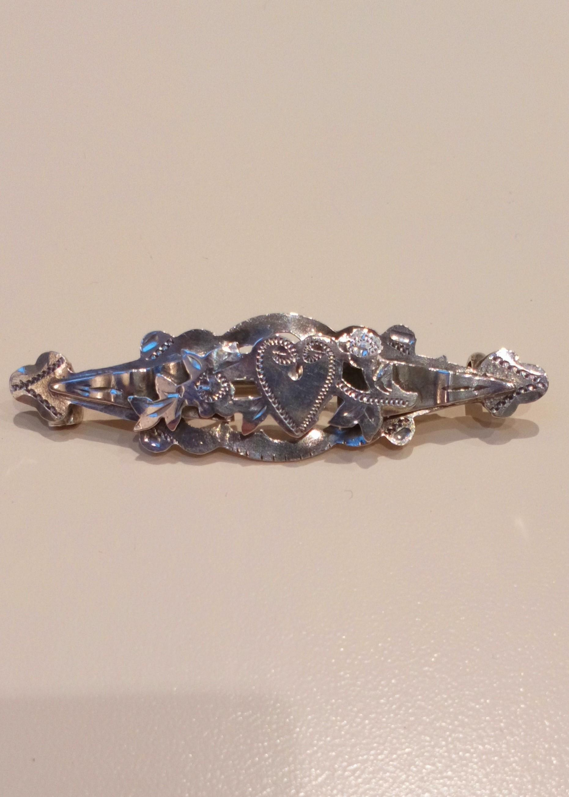 Antique Silver Sweetheart Brooch Heart and Flowers hallmarked silver Birmingham  1917 1918 Maker Pearce and Thompson