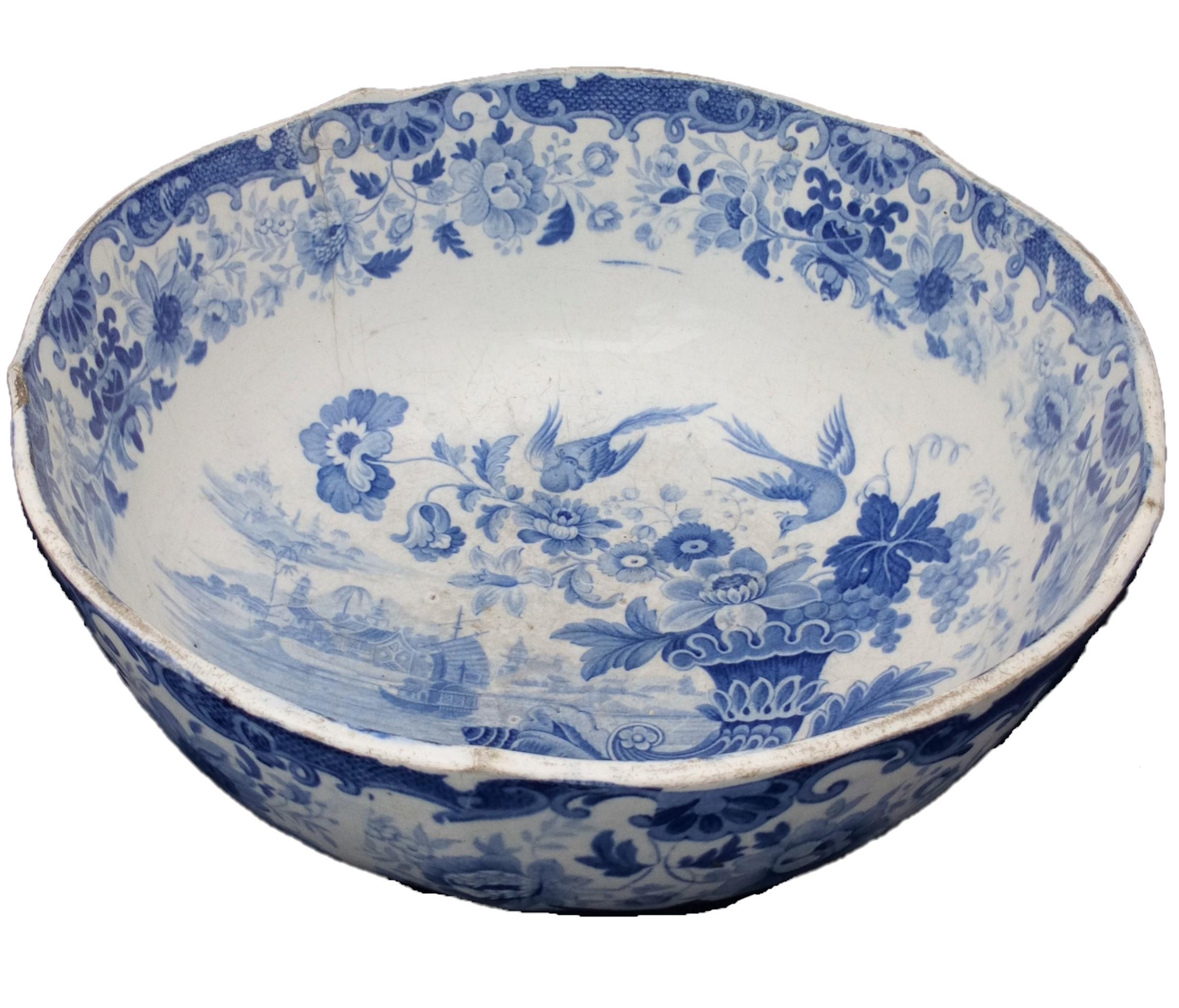Antique Pearlware Punch Bowl Transfer Printed Oriental Shells Cornucopia Pattern circa 1825