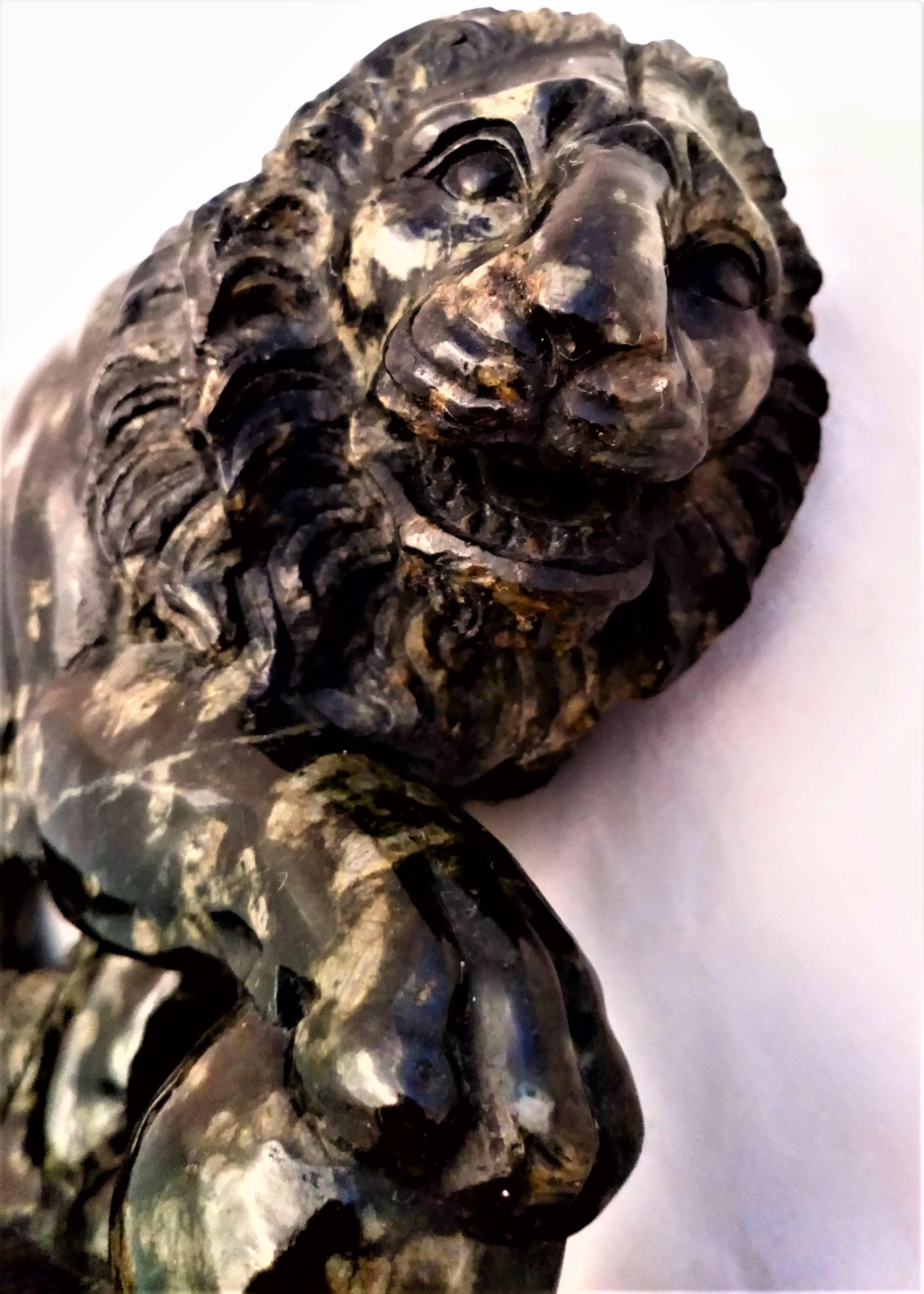 Antique Grand Tour Souvenir Green Serpentine Marble Sculpture Small Medici Lion 19th Century 15 cm Long