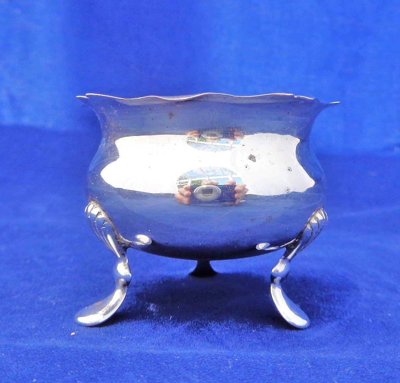 Antique Silver Salt Cauldron Shape Tri Footed Deakin and Francis HM 1912-13 29g