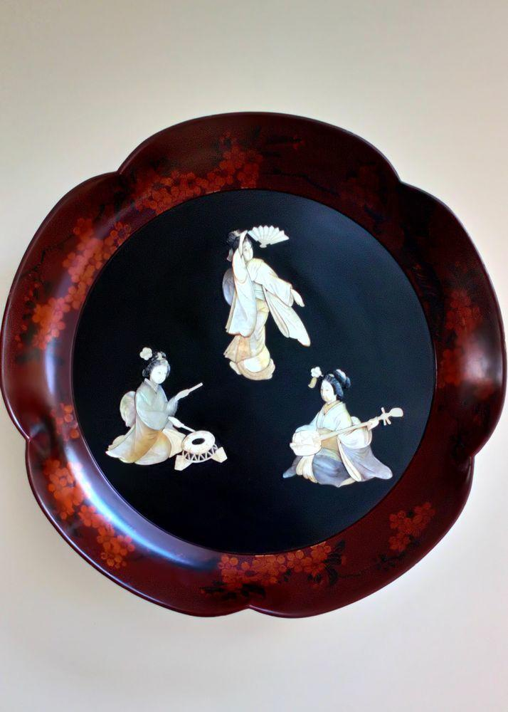 Large Japanese Antique Shibayama Lacquer Wall Plaque Inlaid Mother of Pearl and Abalone Shell of Geisha Musicians Meiji circa 1890