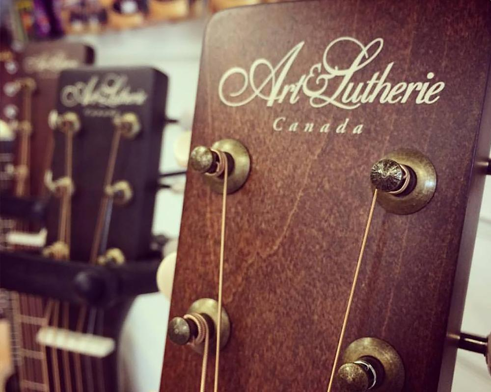 Art & Lutherie just landed