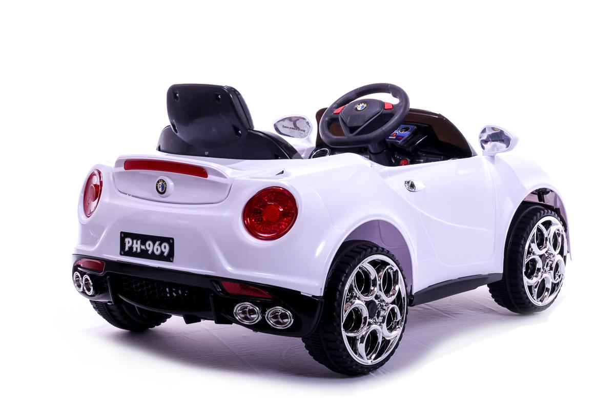 12V White 4C Roadster Ride On Car