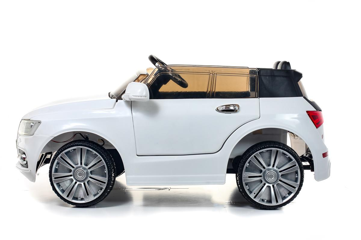 Battery Powered - 12V White Two Seater Q7 Ride On Car