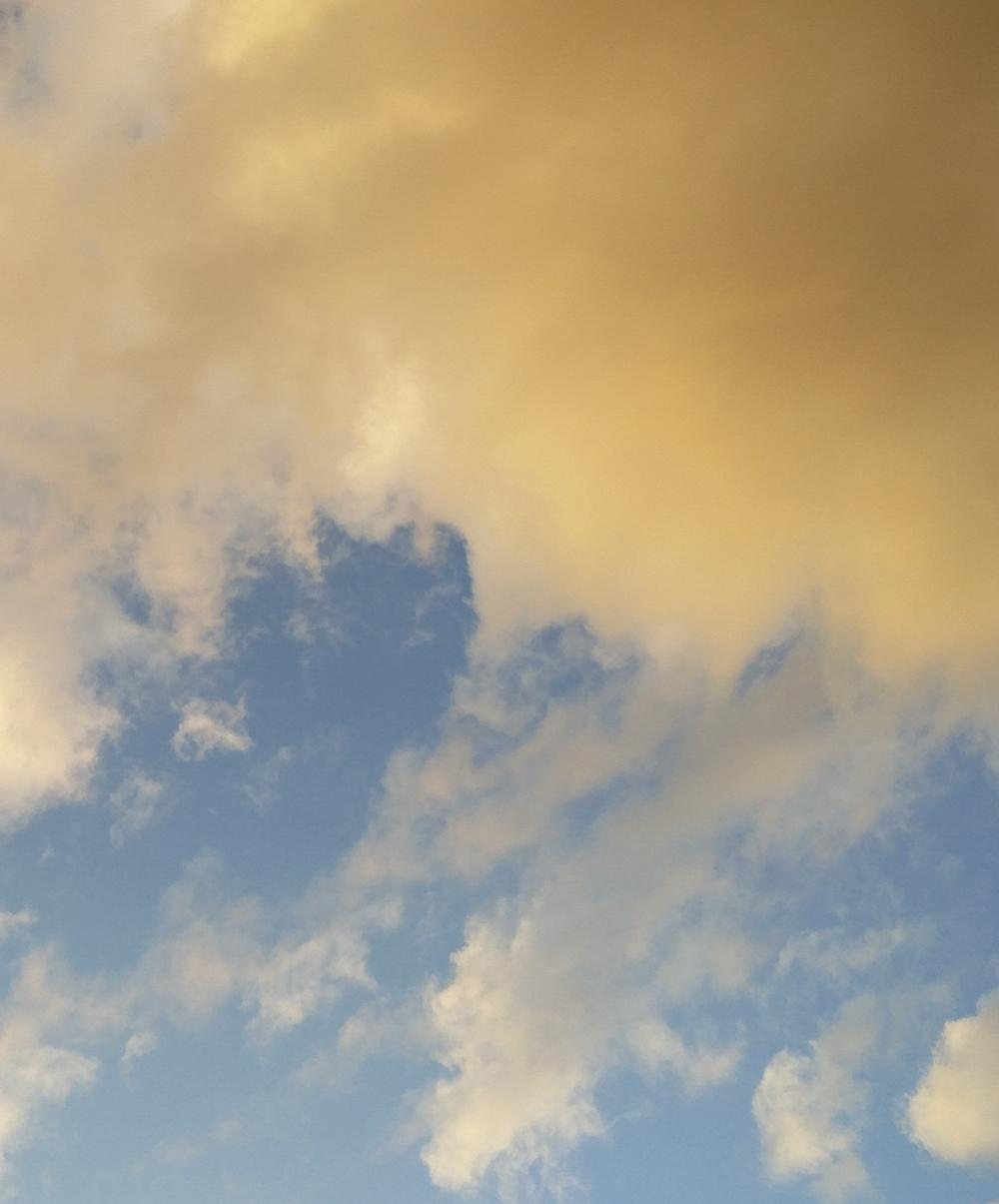 Photo of the Sky which inspired the SKY colourway of this design.