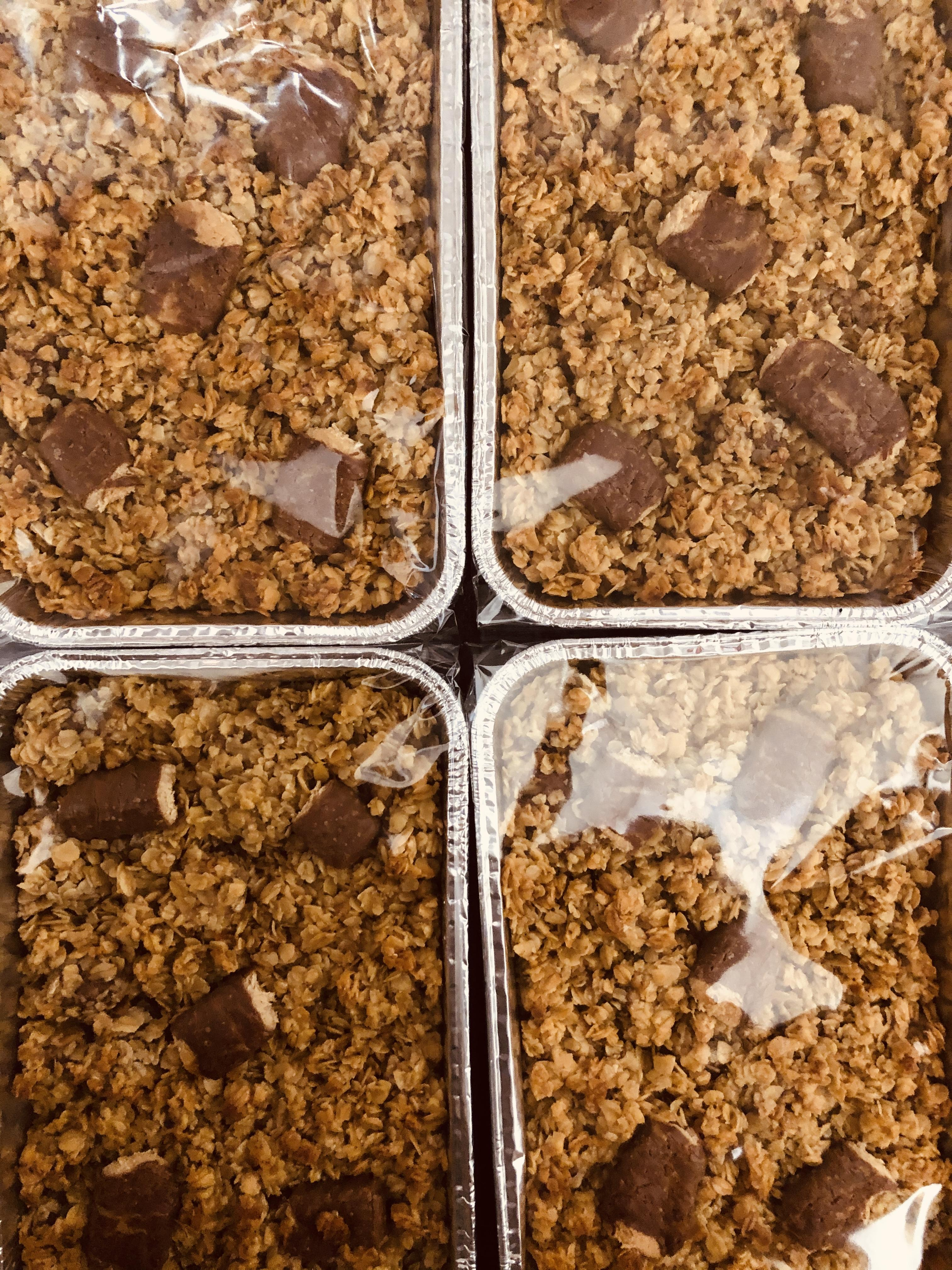 Cadburys Fudge Flapjack Tray