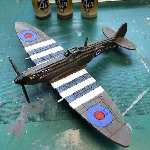 Red Berry Crafts Ltd:Supermarine Spitfire 3D Model Kit