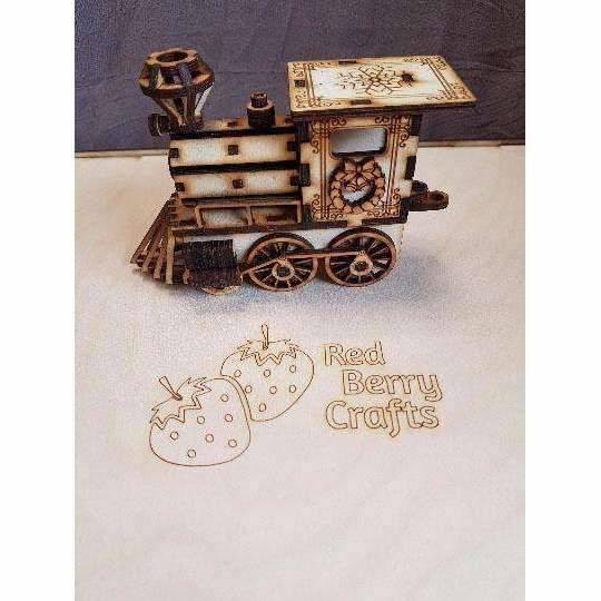 Red Berry Crafts Ltd:Christmas Train Decoration, Laser Cut Wooden Train Model