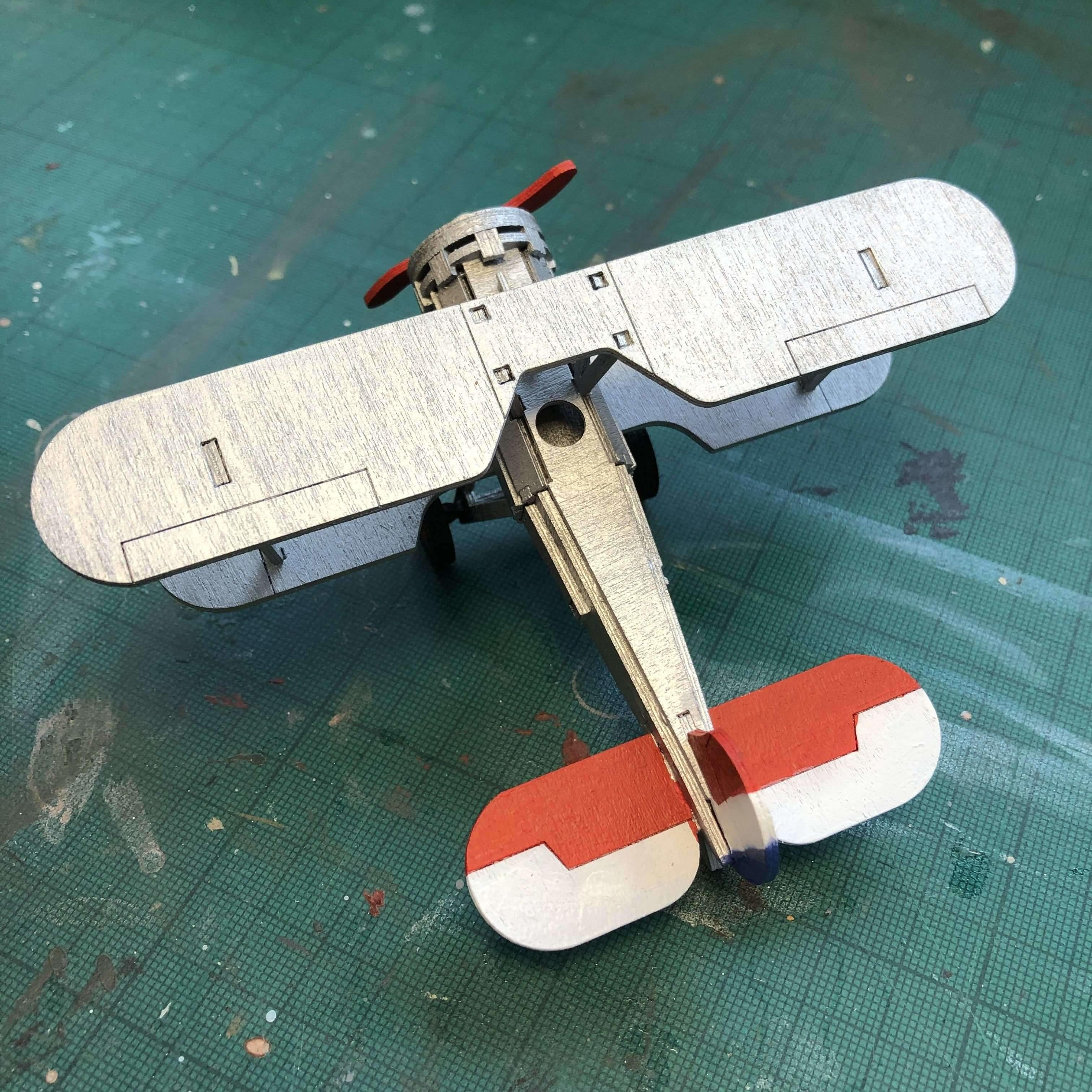 Red Berry Crafts Ltd:Bristol Bulldog F2B Model Kit