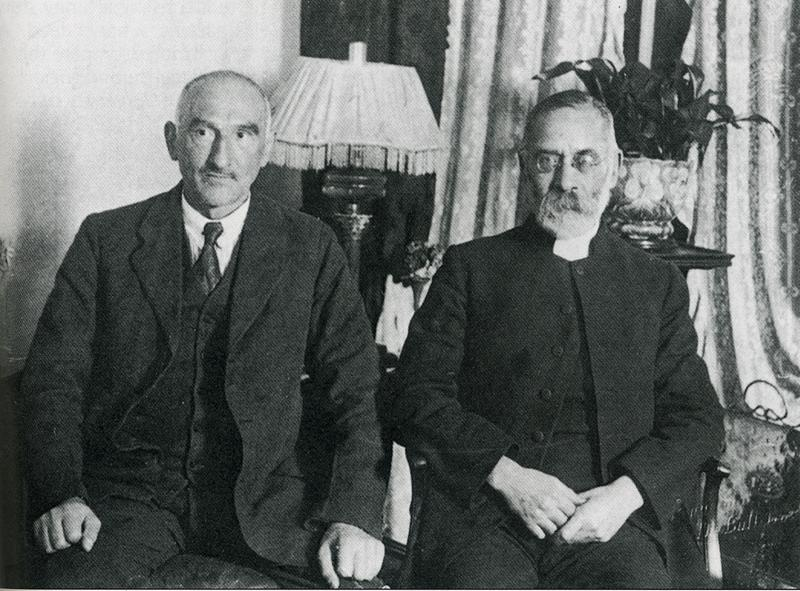 oscar-slater-with-his-friend-rabbi-phillips-around-1927the-heral.jpg