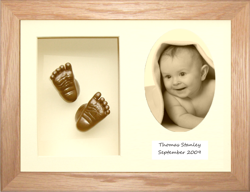 Baby Casting Kit, Solid Oak Frame, Cream Oval Photo, Bronze