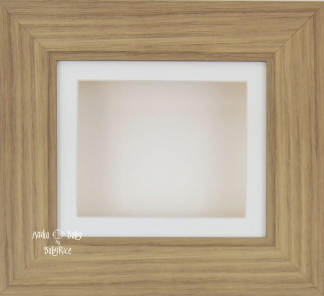 Oak effect Small Display Frame / Cream mount & backing card