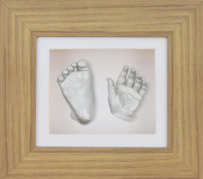 Baby Casting Kit Oak Effect Frame White Display Silver paint
