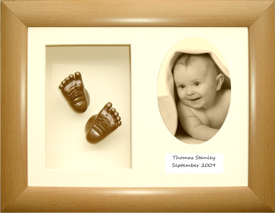 Baby Casting Kit, Beech effect Frame, Oval Photo, Bronze
