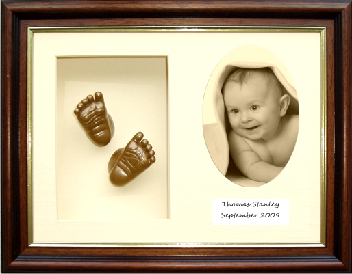 3D Handprint Footprint Casting Kit Gift, Mahogany Photo Frame