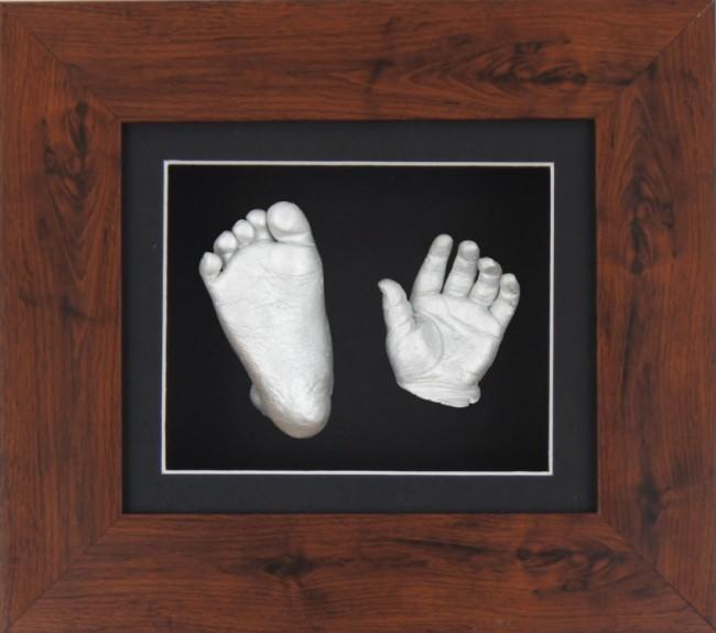 Baby Casting Kit Mahogany Effect Frame Black Display Silver paint