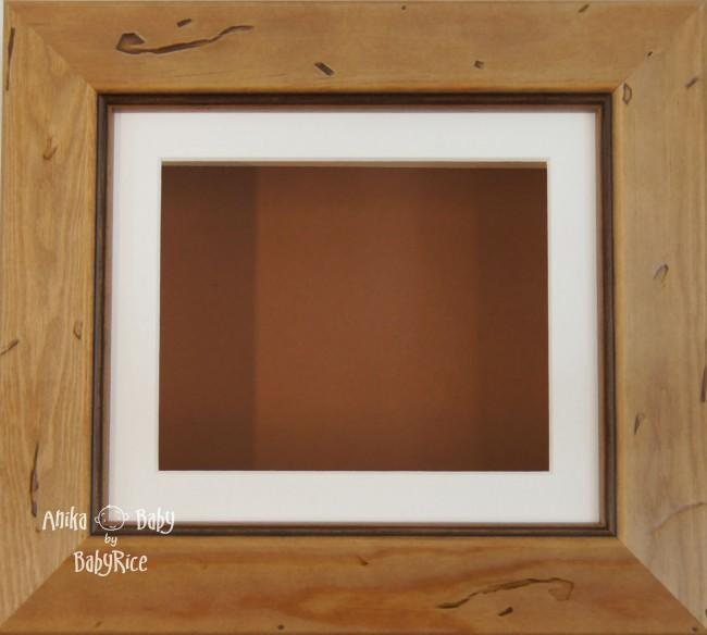 Rustic effect Small Display Frame / Cream mount & Brown backing card