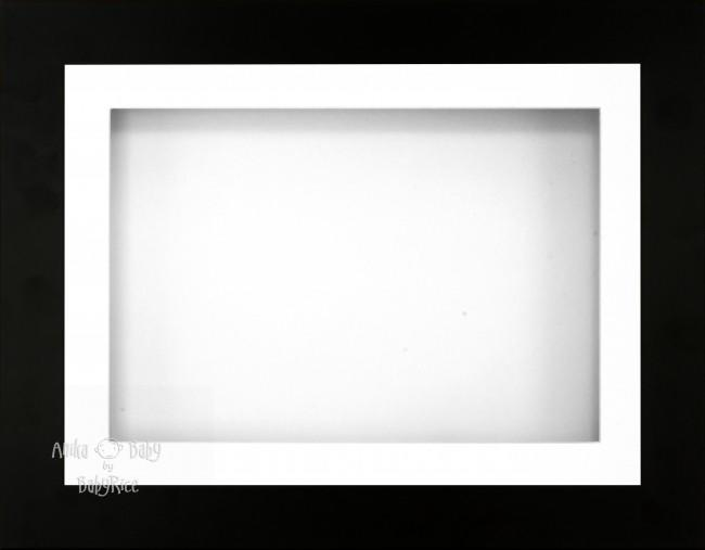 "11.5x8.5"" Black display Frame White single mount - BabyRice"