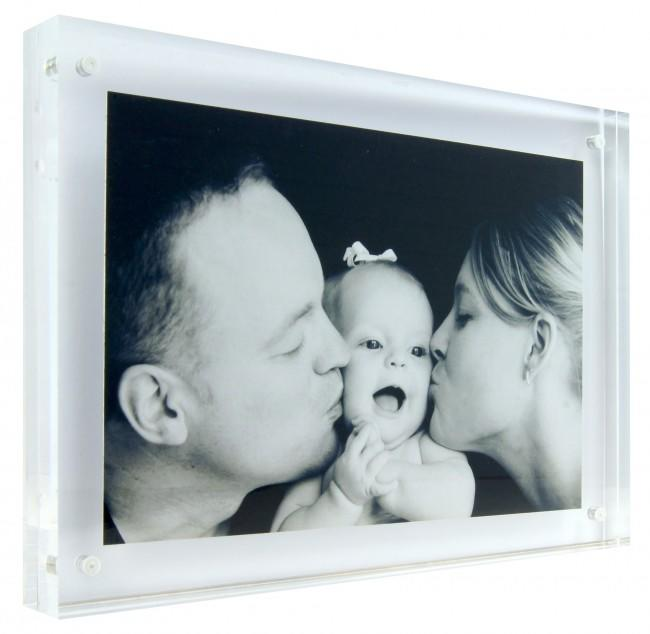 Magnetic Clear Acrylic Photo Picture Frame 7x5""