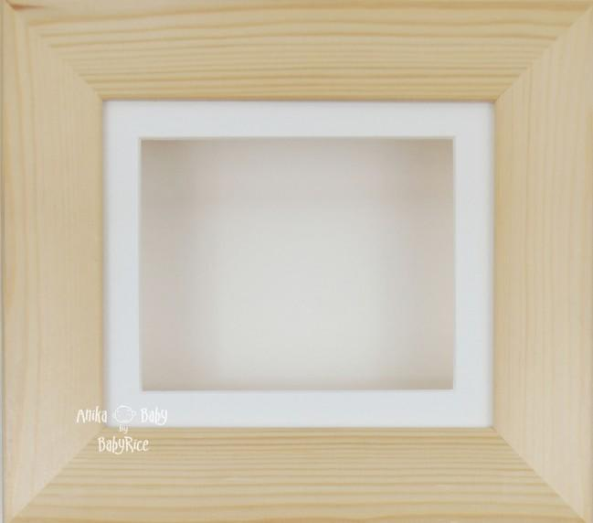 Natural Pine Small Display Frame / Cream mount & backing card
