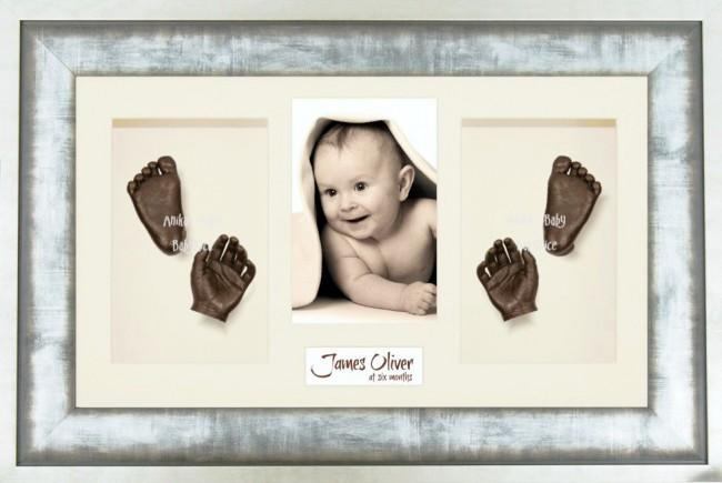 Baby Casting Kit / Metal effect Frame / Cream Photo Display / Bronze