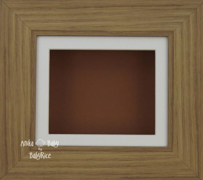 Oak effect Small Display Frame / Cream mount & Brown backing card
