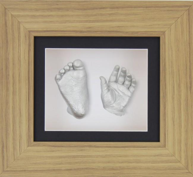 Baby Casting Oak Effect Frame Black White Display Silver paint