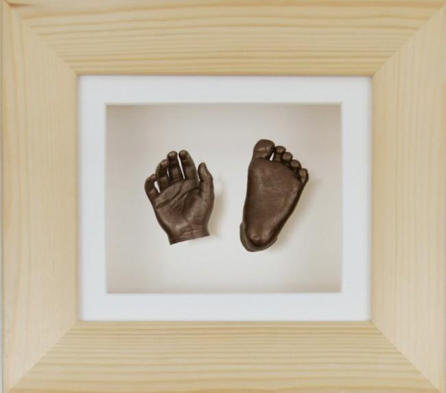 Baby Casting Kit Pine Wooden Frame Cream Display Bronze paint