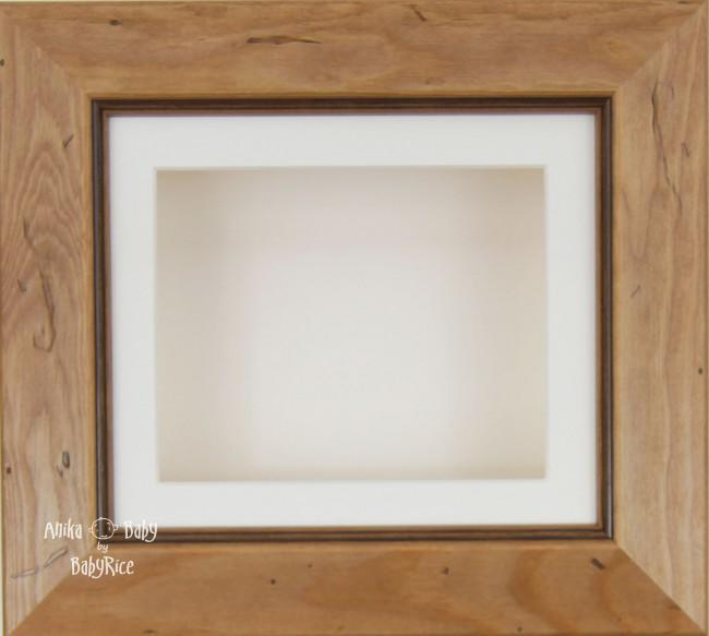 Rustic effect Small Display Frame / Cream mount & backing card