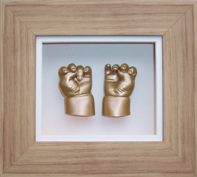 "Baby Casting Kit 6x5"" Oak effect Frame Gold paint"