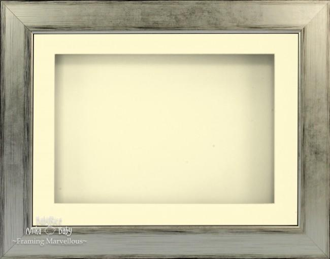"11.5x8.5"" Silver Black 3D Deep Box Display Frame Cream Mount"