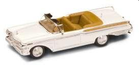 Mercury Turnpike Cruiser 1957 in white 1:43 scale model from Road Signature