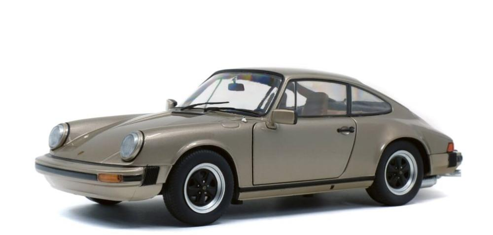1:18 Scale diecast models of Porsche