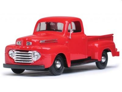 Ford pickups in 1:24 scale