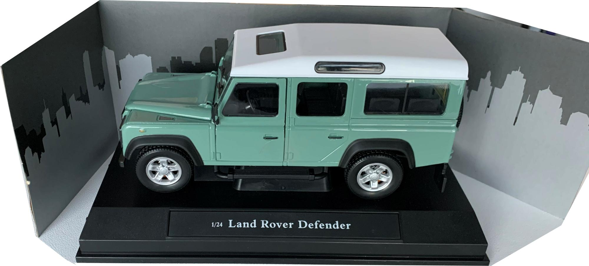 Land rover defender in pale green 1:24 scale diecast model from cararama