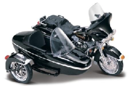 Harley-Davidson-1998-FLHT-Electra-Glide-with-Sidecar-1-18-scale-model-from-Maisto-4965.html