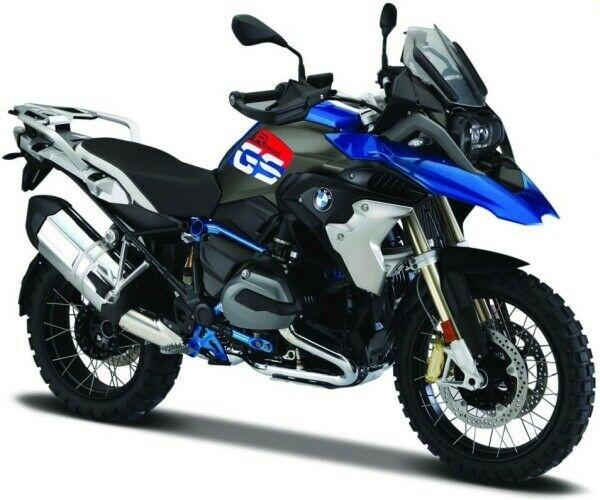 BMW R 1200 GS 2017 in blue 1:18 scale model from Maisto