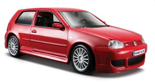 VW Golf R32 mk4 in red 1:24 scale model from Maisto
