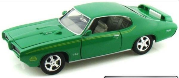 Pontiac GTO Judge 1969 in green 1:24 scale model from Motormax