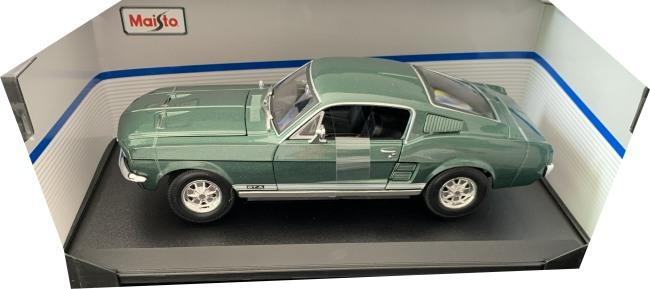 Ford Mustang Fastback 1967 in green, 1:18 scale model from Maisto, MAi31166G