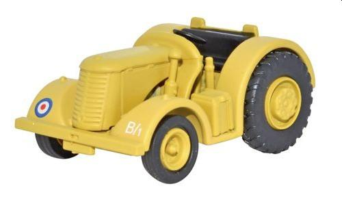 David Brown Tractor RAF Middle East Tractor 1:76 scale from oxford diecast