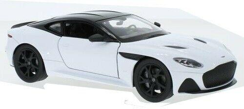 Aston Martin DBS Superleggera 2018 in white 1:24 scale diecast model from Welly
