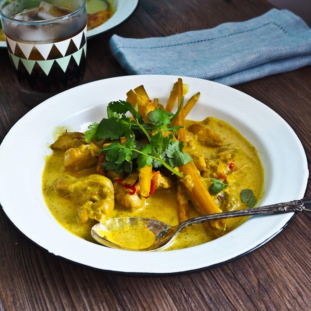 Coconut chicken curry by Zepice
