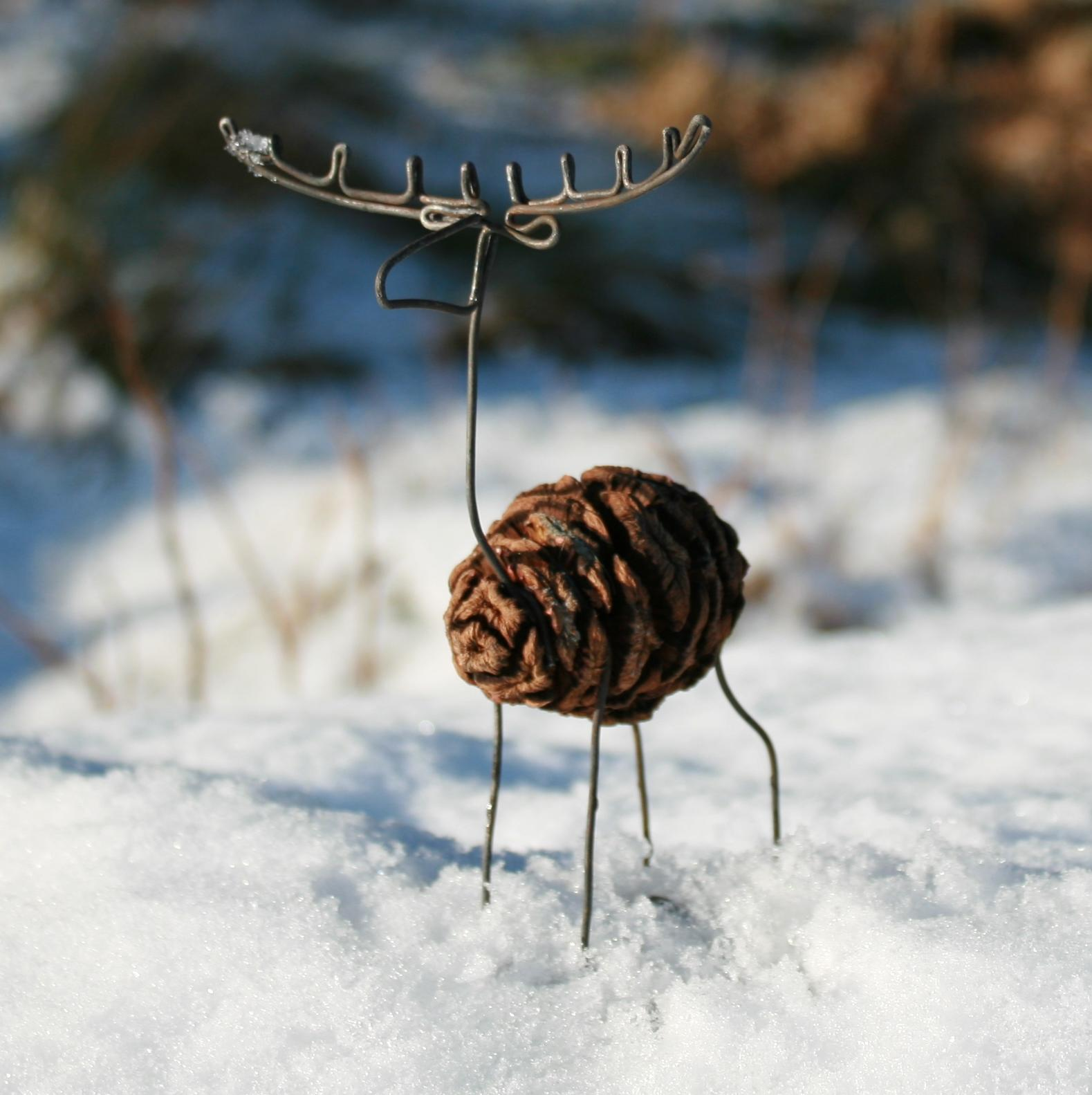 Pine cone stag decoration