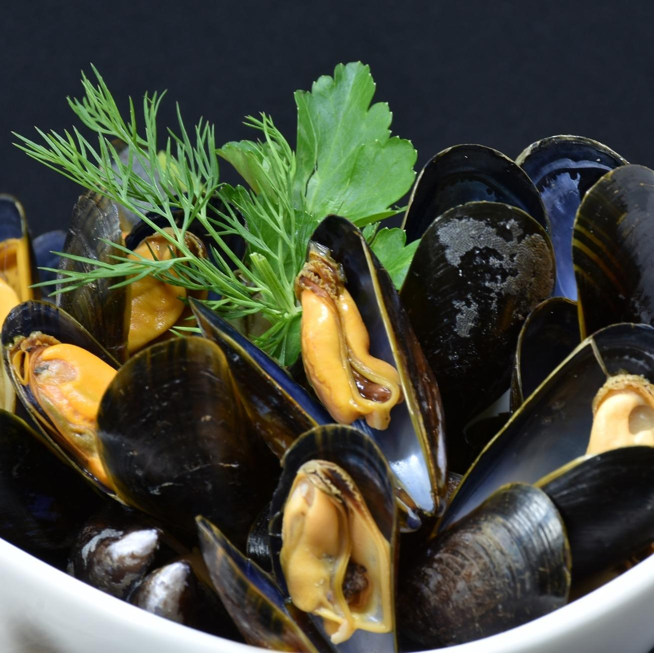 1 Kg of Fresh Mussels