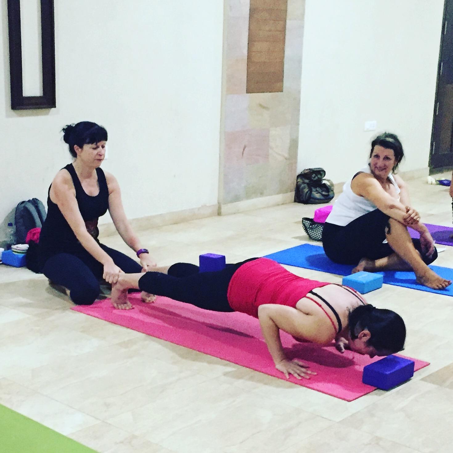 andrea, kerala, 2017, yoga, united, jivamukti, mantra, yin