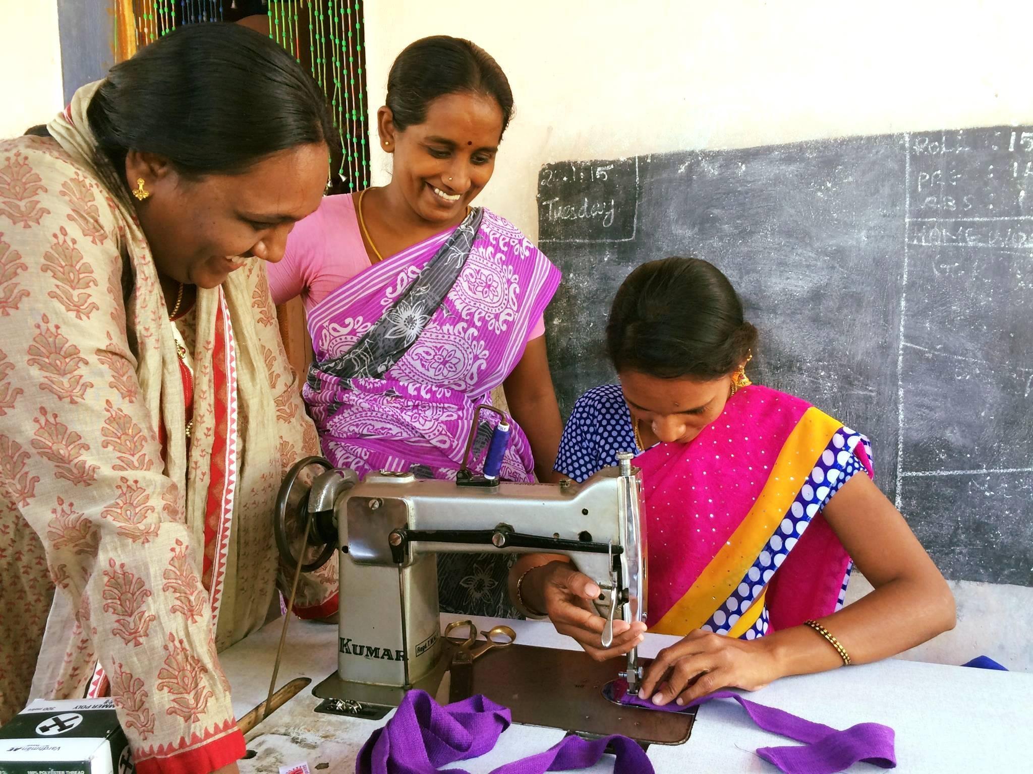 Yogamalai stitching border